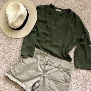 Sz M, Olive Green Blouse